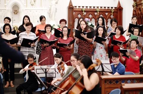 Laudamus Te - Choir & Orchestra